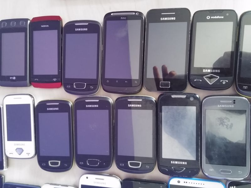 Lot de 100 smartphones android de marques retour clients a 20€